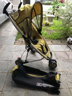 Quinny stroller with bag and infant car seat adapter