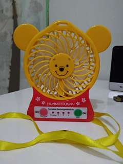 🚚 維尼 小熊維尼 usb 夏天必備 迷你 充電式風扇 電風扇 攜帶式