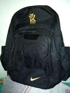 Pre loved nike backpack (replica)