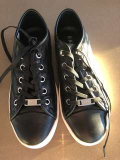 DKNY casual shoes