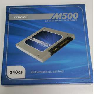 BNIB -  Crucial M500 240GB ( CT240M500SSD1 )