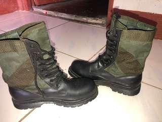 CAT Boots/Shoes (Unisex)