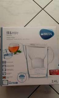 代購-德國BRITA濾水器2.4公升(內附一濾芯)