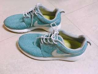 🚚 Roshe run 23.5 nike運動鞋蒂芬妮綠