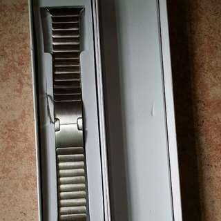 Apple watch Band 全新不鏽鋼扣型錶帶