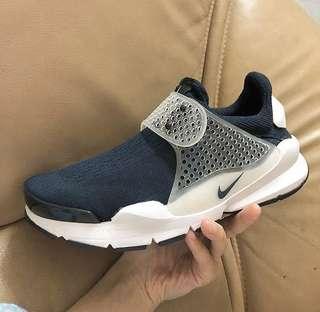 🚚 Nike 海軍藍