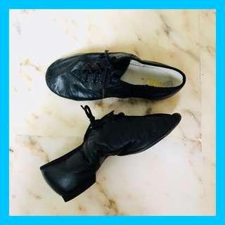 Bloch Soft Split Sole Jazz Shoe for Kids [Size 4]