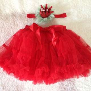 Tutu skirt with crown