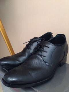 Keeve Black Shoes