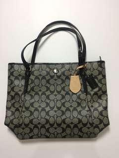 Coach tote bag logo black Ori