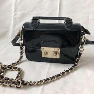 Double strap patent shiny bag