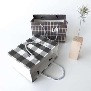 [PO] CHECKERED PAPER BAGS