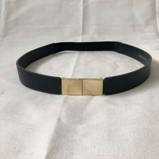 Zara belt with gold buckle (with garter)
