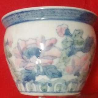 Small Porcelain Ornament Pot