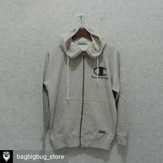 CHAMPION ZipHoodie Size M