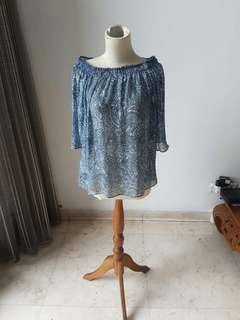 MNG Woman's Blouse Preloved like new