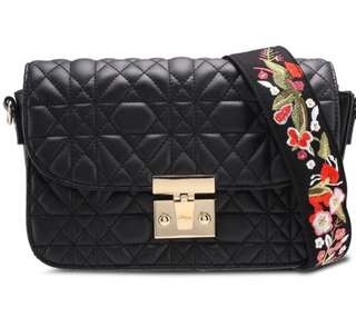 Mango Sling Bag with Interchangeable Floral Strap