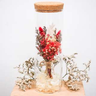 Dried/Preserved Bouquet in a Bottle - Red