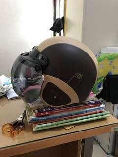 Helm Retro Bogo Kulit Coklat