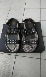 ASH.鉚釘涼鞋超有型含運不議價