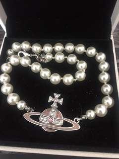Vivienne Westwood 粉系珍珠項鍊