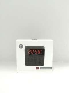 🚚 T1 Clock Speaker