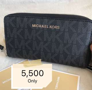 Michael Kors Wallet (Guaranteed Authentic from US)