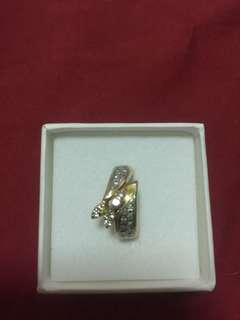 Japan 18k yellow gold ring with brilyantitos