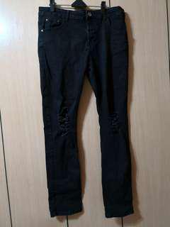 🚚 黑色牛仔褲