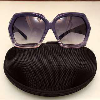 Brand new Trendy sunglasses 全新紫色太陽眼鏡