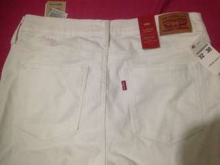 Original and Authentic Levi's Jeans for ladies