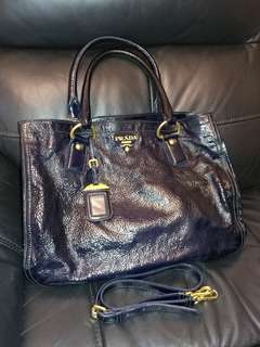 Prada handbag shopping tote leather