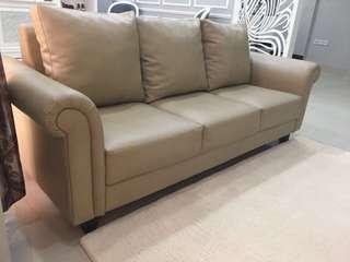Lelang Sofa 3 seater