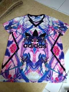 Kaos Adidas Casual (Original), Size 8, LD.50cm, Panjang 70cm. Material.Polyester. Kondisi 90%
