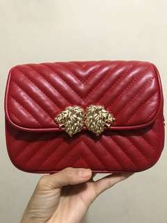 Zara Waist Lion Bag size M