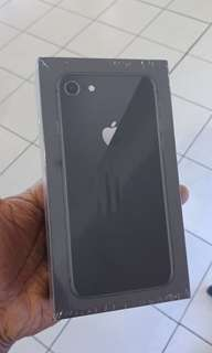 IPhone 8 64G new black
