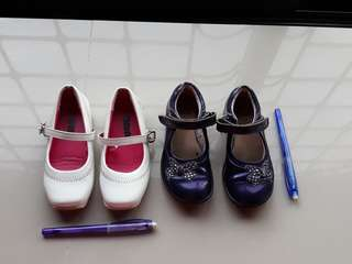 White Disney sz 25 and Purple Clarks sz 7 1/2 bundle