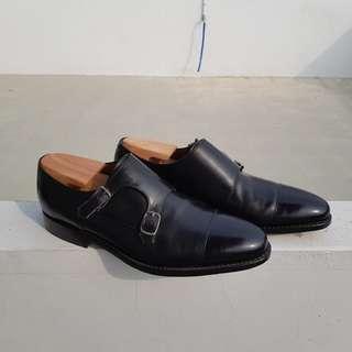 Jalan Sriwijaya double monk black calfskin