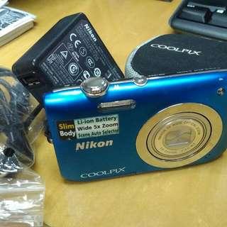 Nikon 2600 coolfix