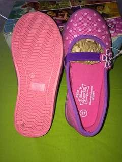 Sepatu anak cewe merk princess