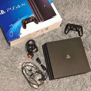 Sony PS4 Pro 1TB with games