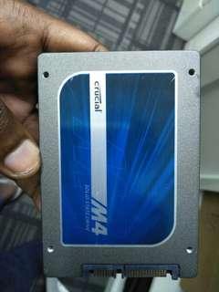 Crucial 128GB SSD M4 2.5