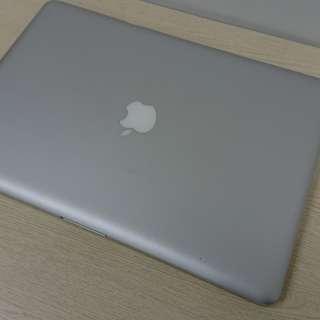MacBook Pro 15 2011 i7 2.2 8G ram 750G