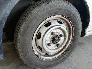 Tyre 12 kancil