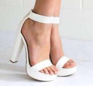 Lipstik Believer Heels White