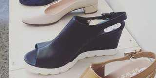 Mr W & Me black wedges