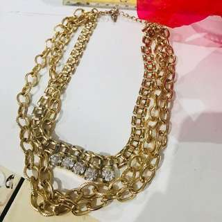 Gold necklace (Forever 21)