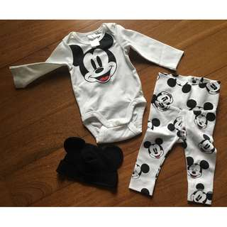 Baby, Newborn Set from H&M, NEW ‼️