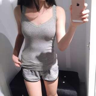 🚚 A&F女童 蕾絲肩帶 點點造型背心