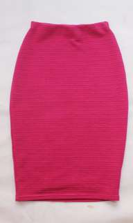 Pink skirt body fit